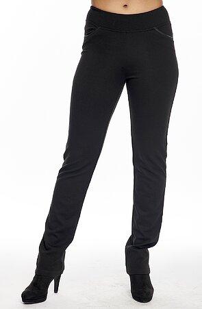 Rovné čierne dámske nohavice s lemovanými vreckami 315