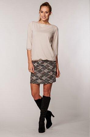 Kratšia károvaná dámska sukňa s širokým pásom 123