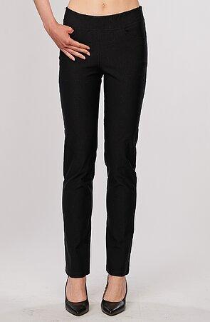 Elegantné rovné teplejšie čierne dámske nohavice 399