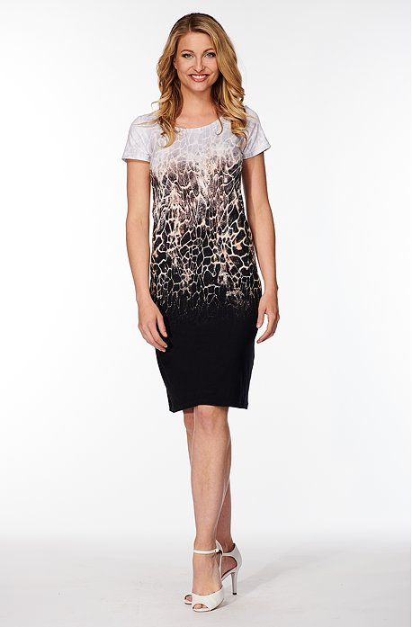 Elegantné farebné dámske šaty so vzorom 831