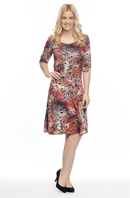 Farebné dámske šaty s 3/4 rukávmi 7150